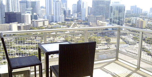 Wind at Riverfront unit# 3004.  Brickell/Downtown