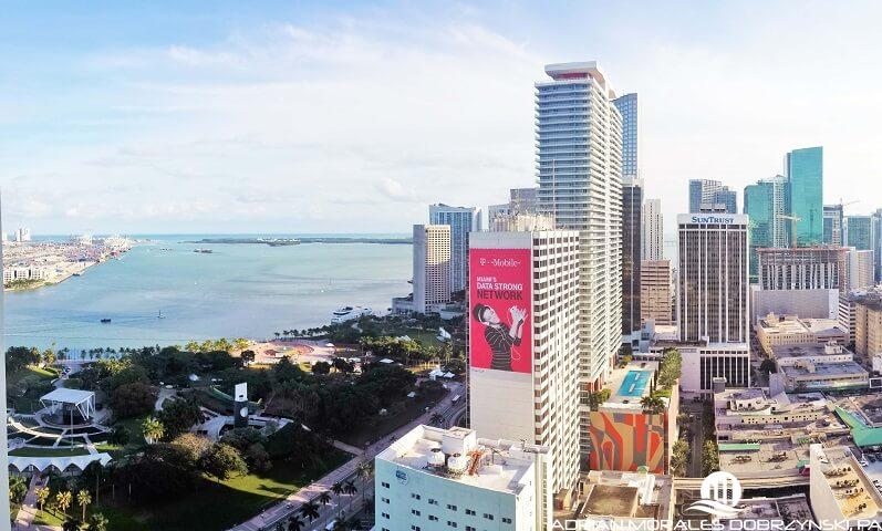 Bayfront Park and Downtown views from Vizcayne South tower