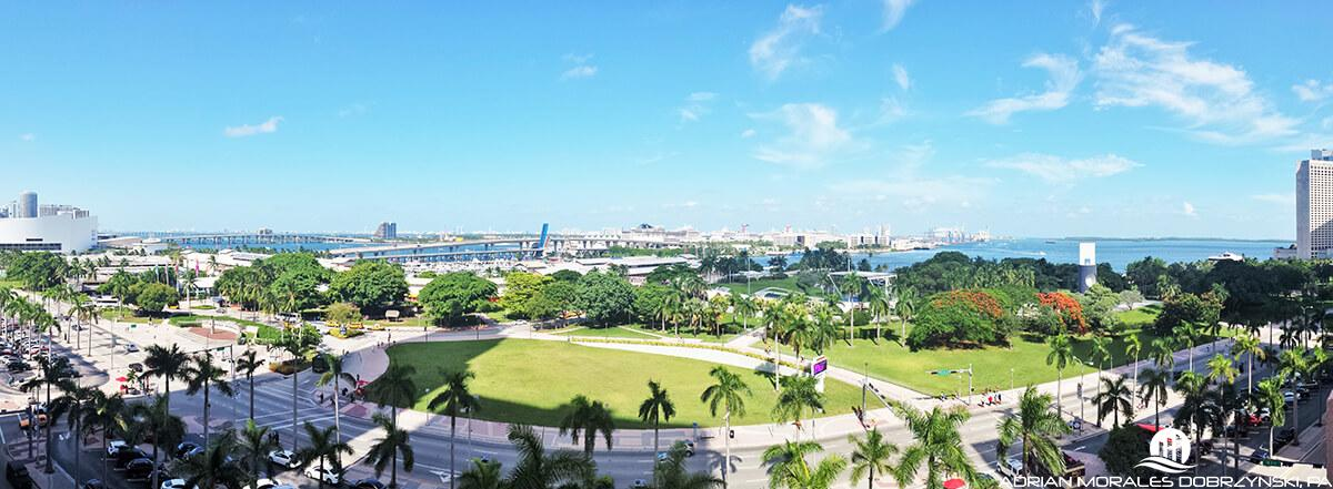 Panoramic views of Bayfront Park  seen from Vizcayne condo