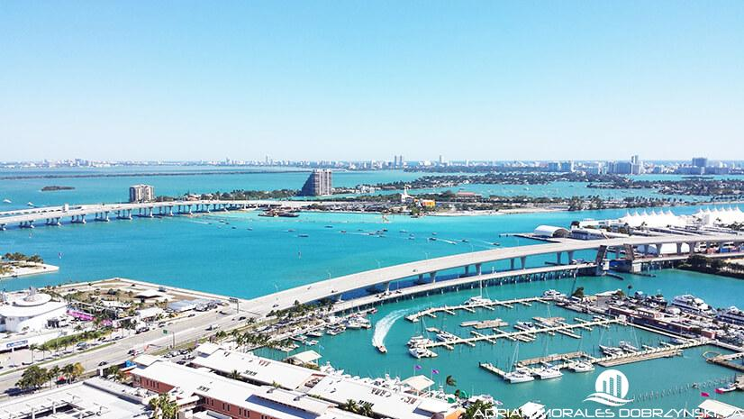 Bay and ocean views from downtown Miami at Vizcayne